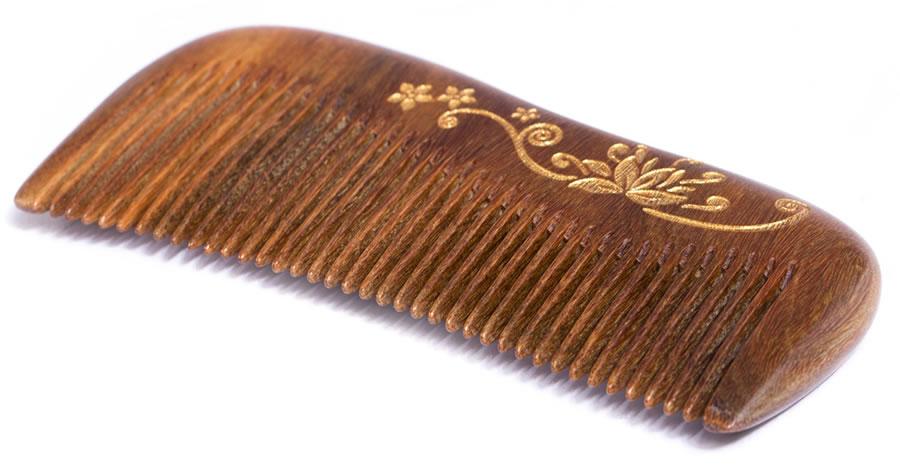 kakovostne lesene krtače in glavniki