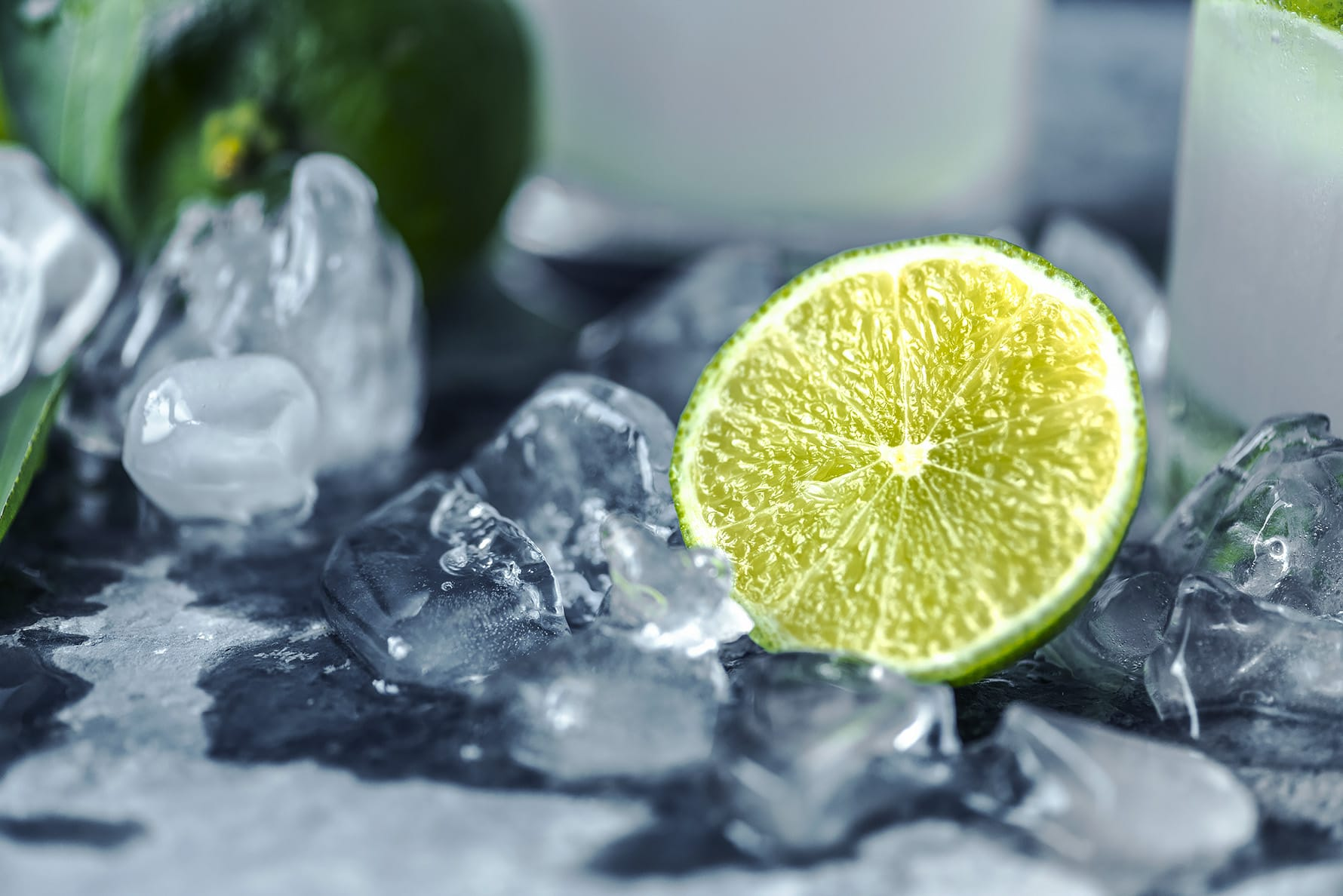 odsvetuje uživanje pijač z ledom